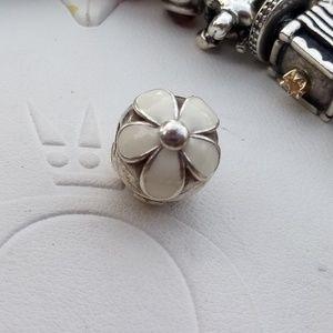 PANDORA White Enamel FLOWER Clip  daisies
